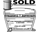 Ma & Pa's Treasures Consignments logo